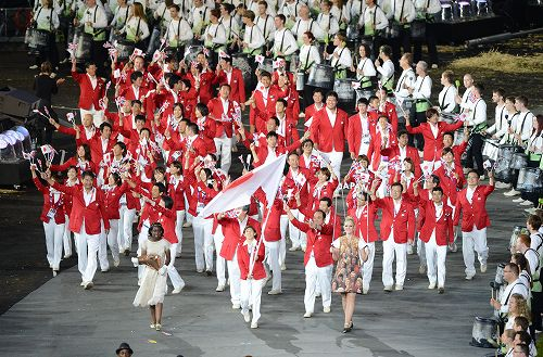 ロンドン・オリンピックの開会式と閉会式で敷き詰められました